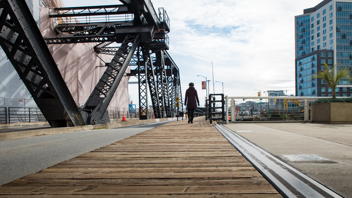 The Lefty O'Doul Bridge is one of four remaining drawbridges in San Francisco. Its massive concrete counterweight lifts and lowers the span in only 3 minutes.